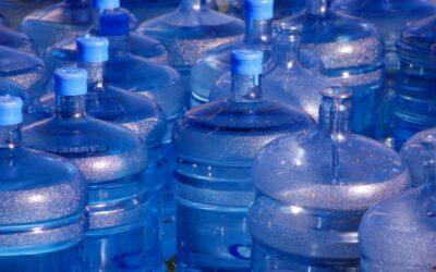 Razones para no usar botellones de agua